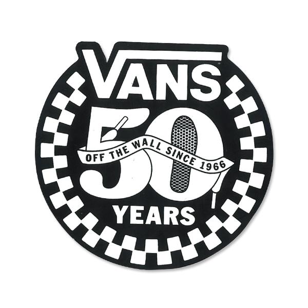 50周年を迎えた VANS の Official ステッカーを手に入れよう!
